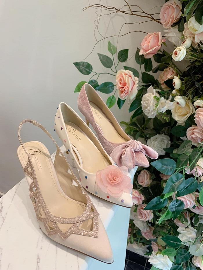Gợi ý cho chị em những địa chỉ mua giày dép nữ chất lượng nhất Buôn Ma Thuột